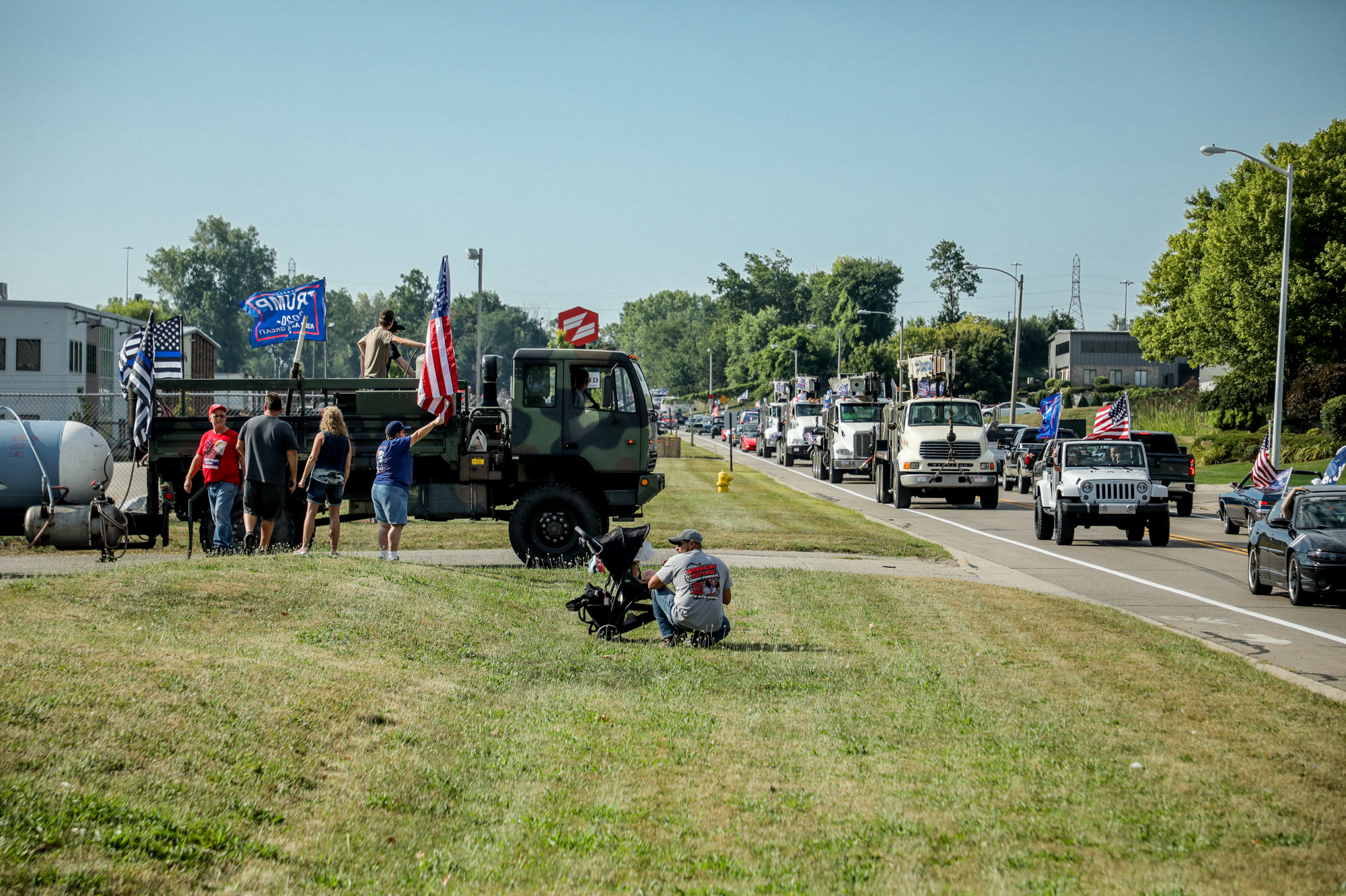 People drove around in classic cars and showed its support for President Donald Trump on 28th Street on Aug. 22, 2020. (Michael Buck/WOOD TV8)