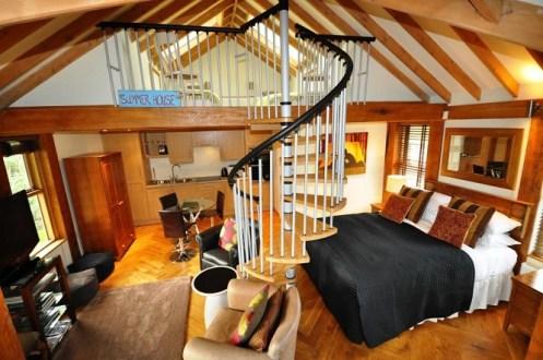 Summer House Bridal Suite