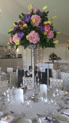 summer style wedding table decor