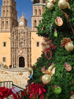 Christmas greetings from the Cathedral at Dolores Hidalgo