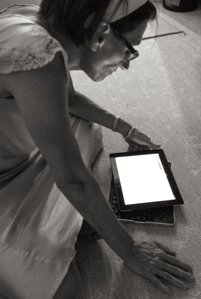 Maria checks her e-mail