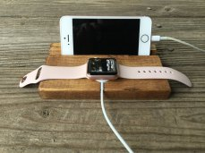 apple-watch-and-phone-stand-front-view