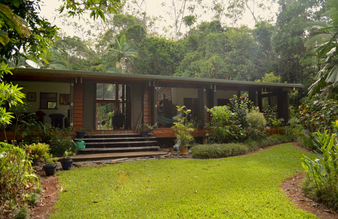 Cow Bay Home Stay | Luxury Family Rainforest retreat in the Daintree National Park