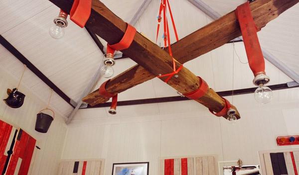 De Vreemde Vogel Vlaardigen, Unique accomodation in the Netherlands