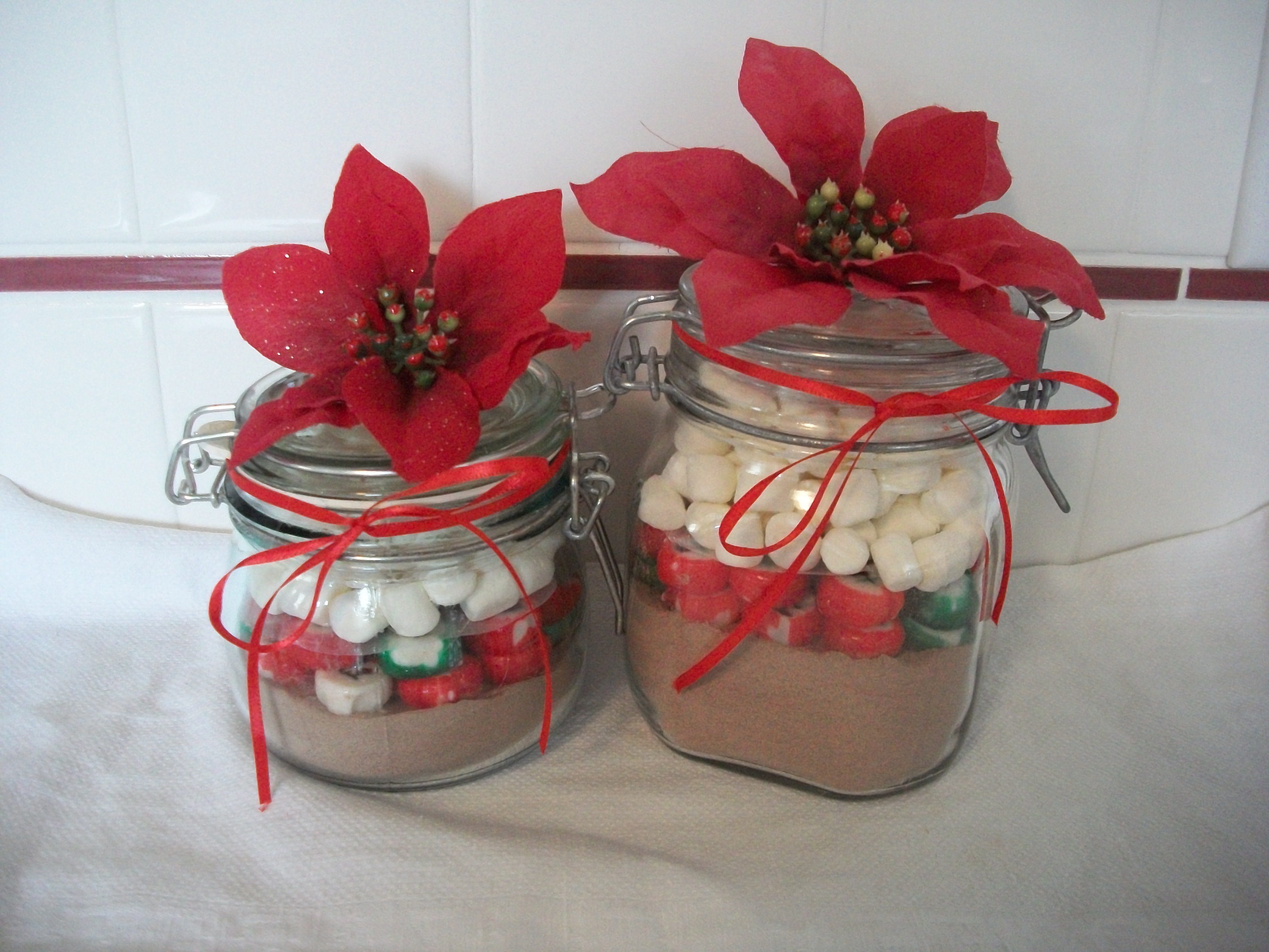 Quick Christmas T Craft Hot Cocoa Jars