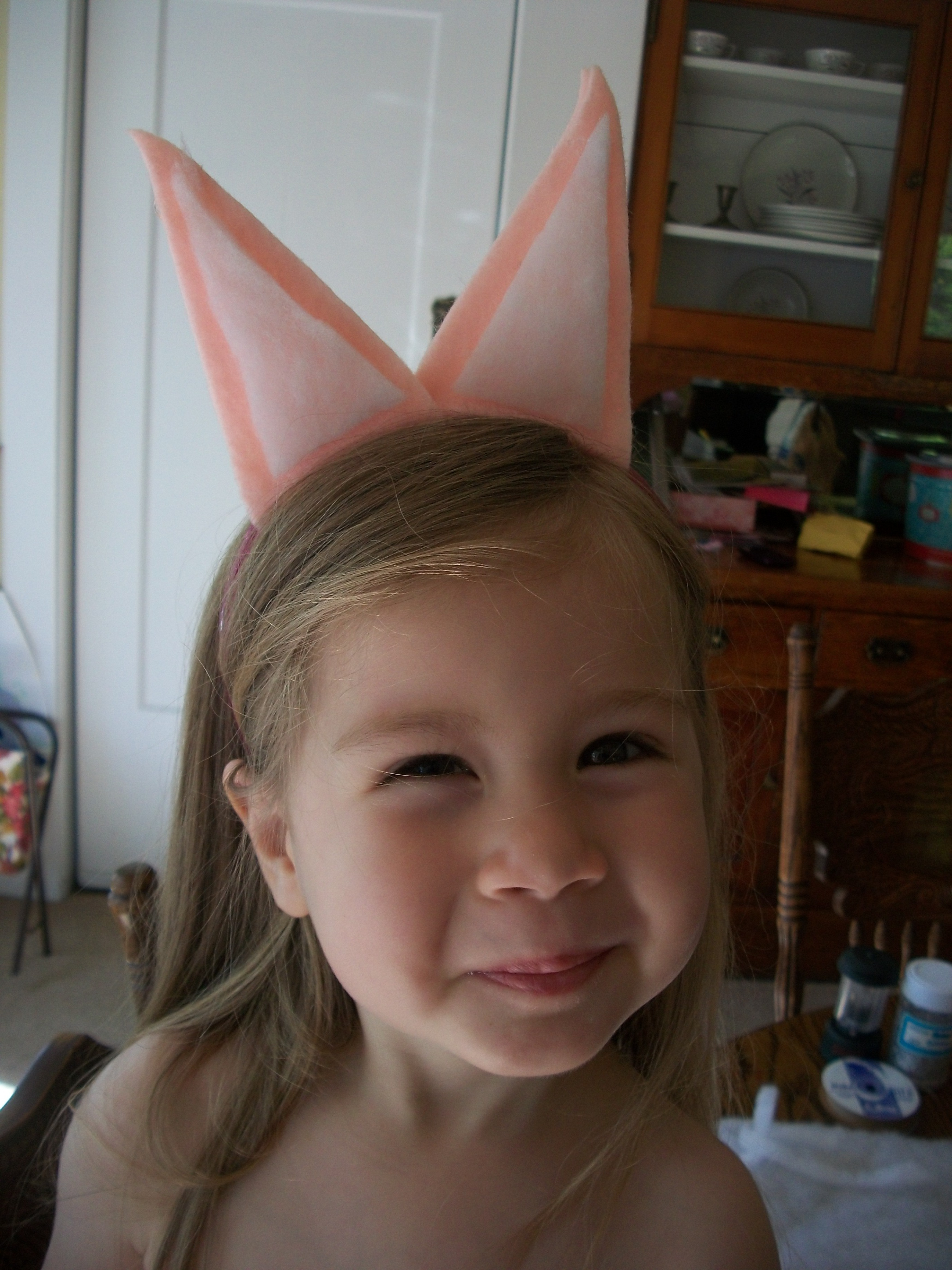 Scrap Craft Piggy Ears For Your Toddler