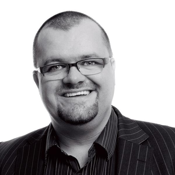 Neil Currie Woolgar Hunter