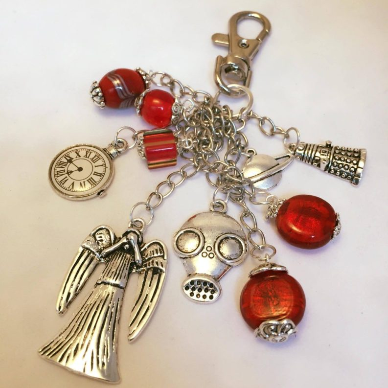76) Dr. Who themed keyring in reds