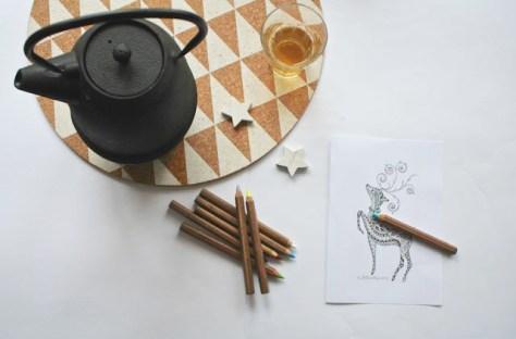 even relaxen met kleuren en een potje thee in de theepot van Vahé van houss.nl