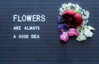 flatlay flowers