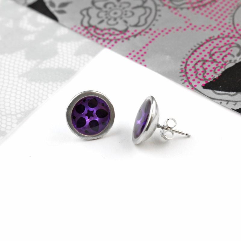 woop_purplemediumstuds (3)