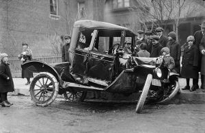 Auto accident on Bloor Street West in 1918