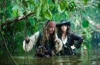 Piratas del caribe navegando por tierras extrañas 4