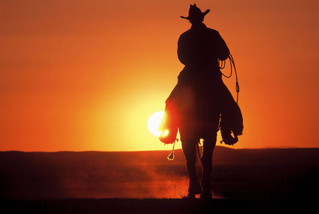 https://i2.wp.com/www.wordsinspace.net/urban-media-archaeology/2011-fall/wp-content/uploads/2011/12/cowboy-sunset.jpg