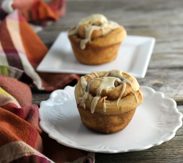 Cinnamon roll muffins, a fun twist on ever day cinnamon rolls that everyone will love.