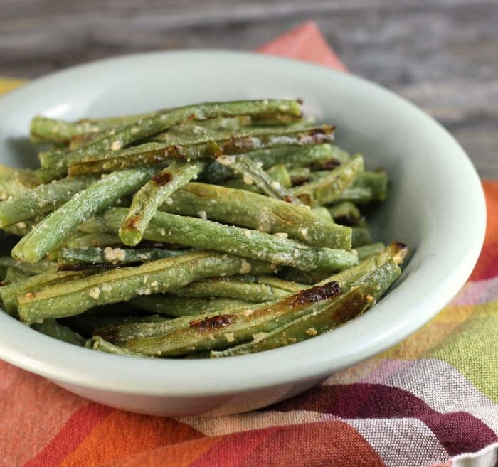 Roasted Parmesan green beans simple and delicious green beans the whole family will love.