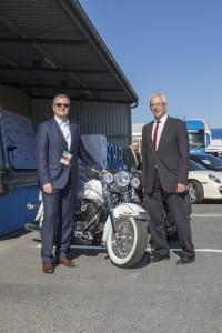 Schlemmer-CEO Josef Minster (links) mit Haßfurts Bürgermeister Günther Werner