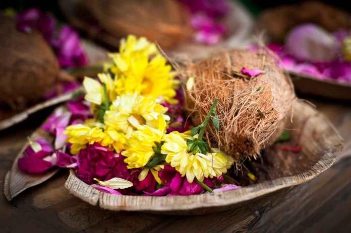 Nariyal Coconut