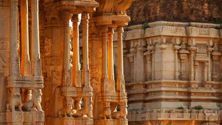 virupaksha_temple_hotel_heritage_resort_hampi_pqgw2e