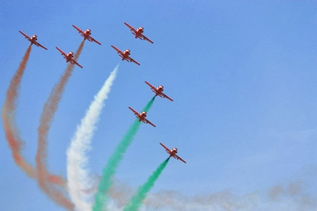 m Bangalore air show 1 - Top 10 Places to Visit in India Before You Turn 30