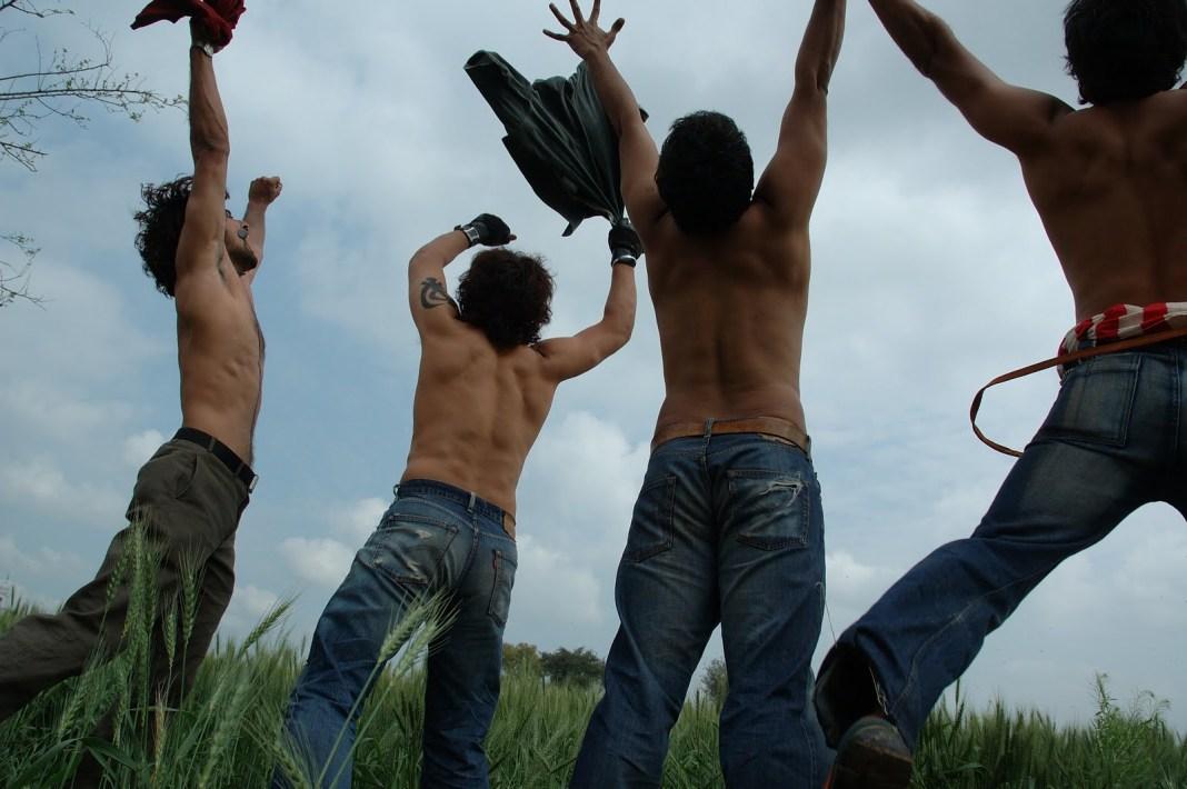 Rang De Basanti Flying Jump