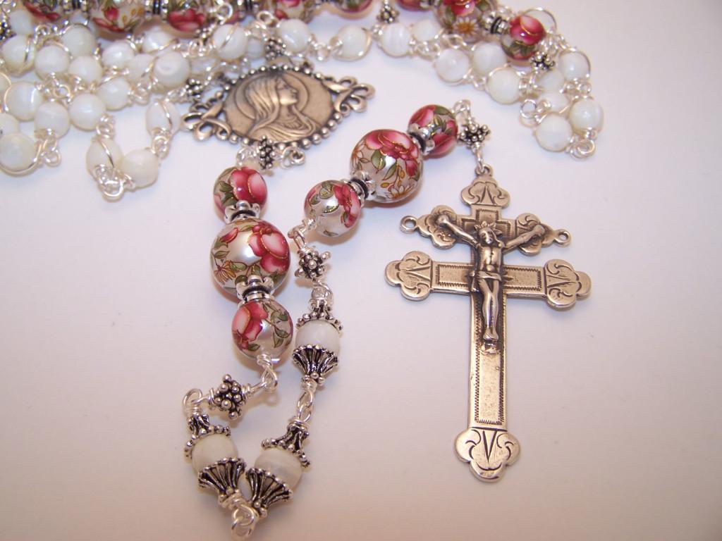 Pretty Rosary wallpaper in HD