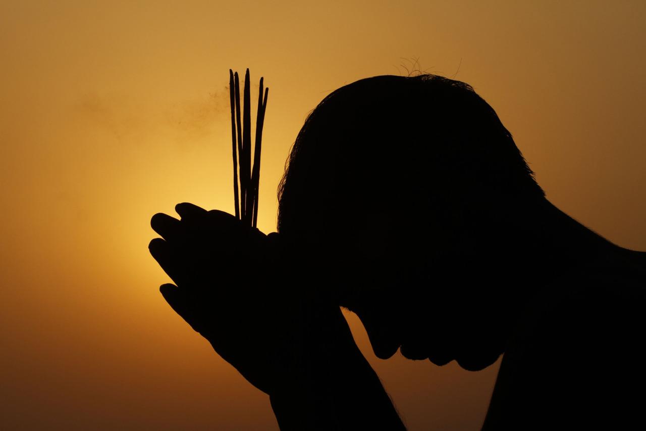 Prarthana : The Hindu way of communicating with GOD - Wordzz