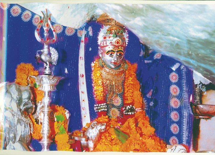 Sudha Mata in blue chunari