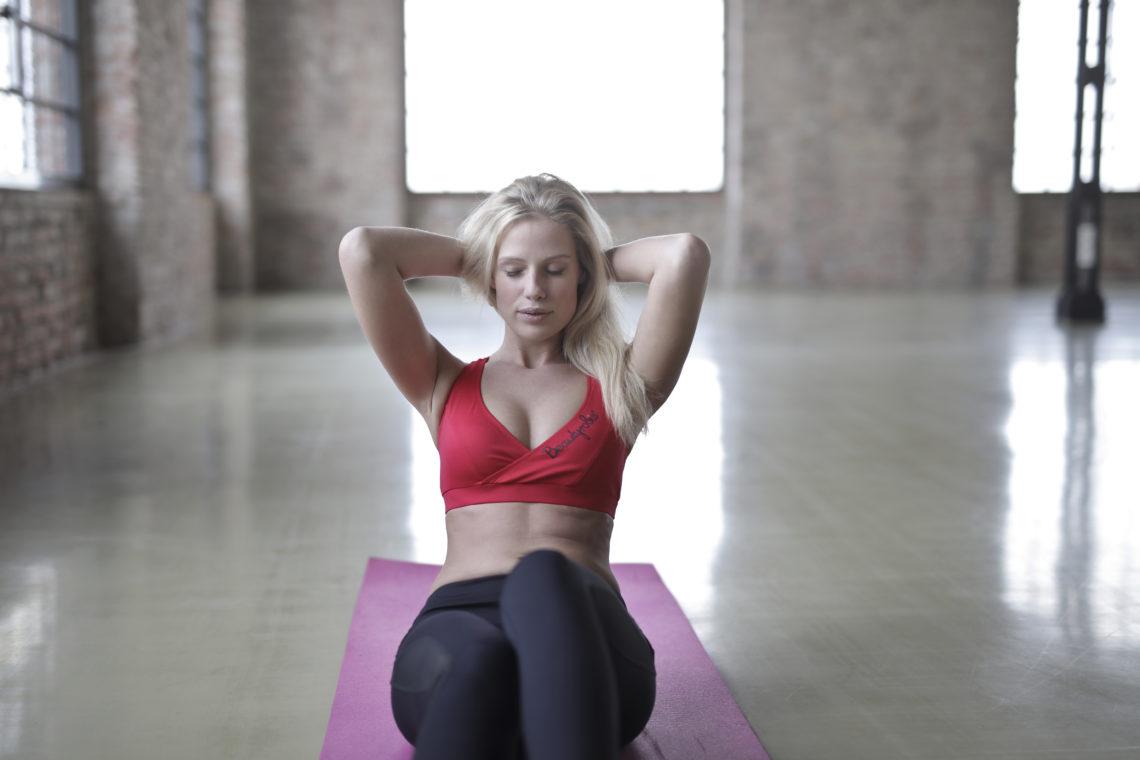 esercizi per allenare gli addominali