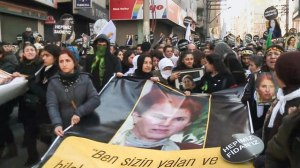 Tens of thousands participated in the funeral for the three Turkish activists in Diyarbakir, Turkey, on Jan. 17.