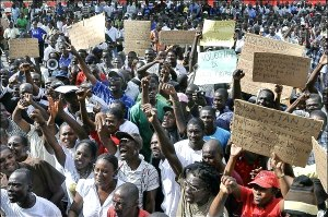 Haitians gather on May 31 to support the international conference calling for the withdrawal of Minustah from Haiti.Photo: Francis Concite