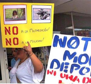 Brownsville, Texas, Oct. 19 protest.WW photo: Gloria Rubac