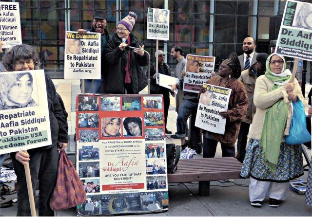 Lynne Stewart, former U.S. political prisoner, speaks at New York rally, March 11.WW photo: Anne Pruden