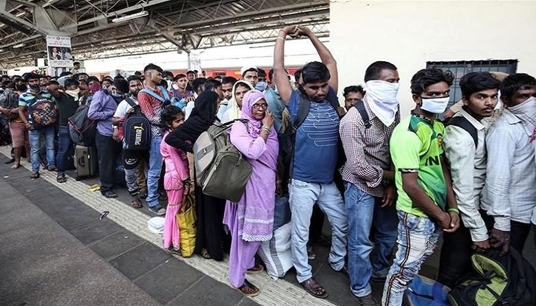 Photo of कोरोनाः इस तरह तो लाखों मज़दूरों के परिवारों में सिर्फ फांका होगा