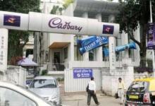 Photo of कैडबरी इंडिया ने चॉकलेट बनवाने को लॉकडाउन में जबरन 160 मजदूरों को बनाया 'बंधक'