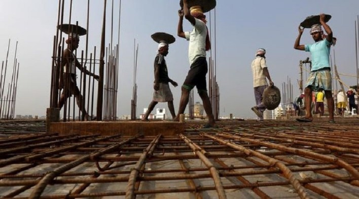 construction workers gujarat