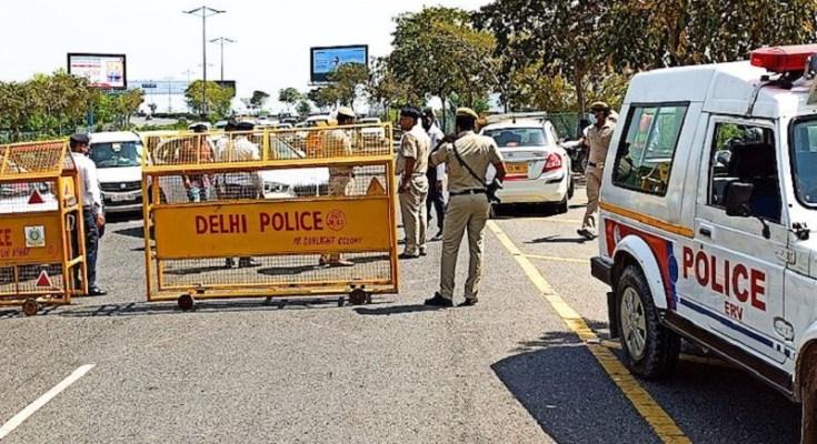 delhi police lock down