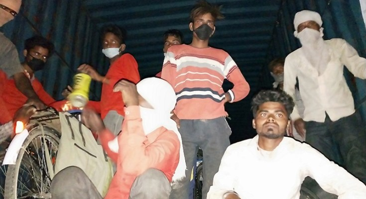 workers returned from hapur in truck by up police