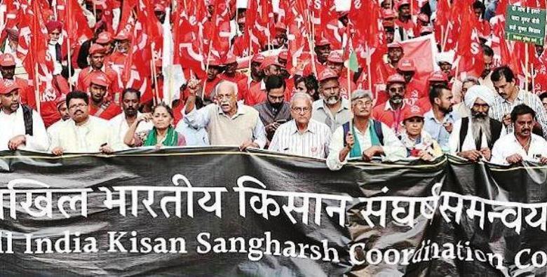Photo of 200 से ज्यादा किसान संगठनों ने किया सरकारी नीतियों के खिलाफ प्रदर्शन, कल भी होगा विरोध