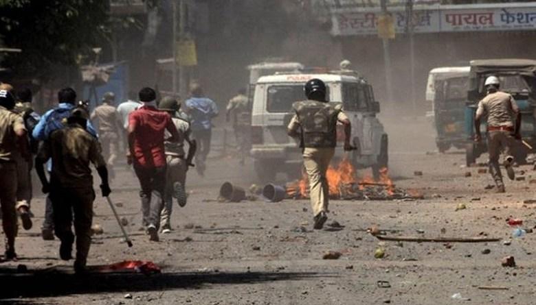 Photo of 'हमको कुत्तों की तरह भगाया गया दाहोद से, ऐसे ही सलूक किया गया तो हम नहीं लौटेंगे गुजरात'