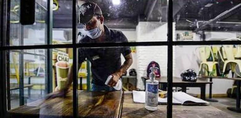 Photo of सात साल से काम कर रहे मज़दूर को किरण इंटरप्राइजेज ने निकाला, कहा ठेका मज़दूरों से कराएंगे काम