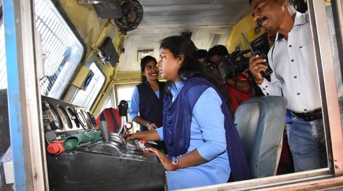 women railway worker
