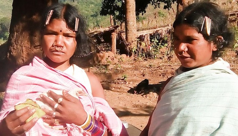 Photo of विश्व आदिवासी दिवस: रामराज्य के 'ठेकेदारों' को जल जंगल ज़मीन में दिख रही 'सोने की लंका'