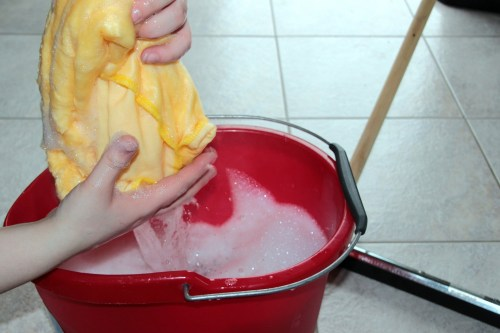 get kids to help to keep your house clean as a working mom