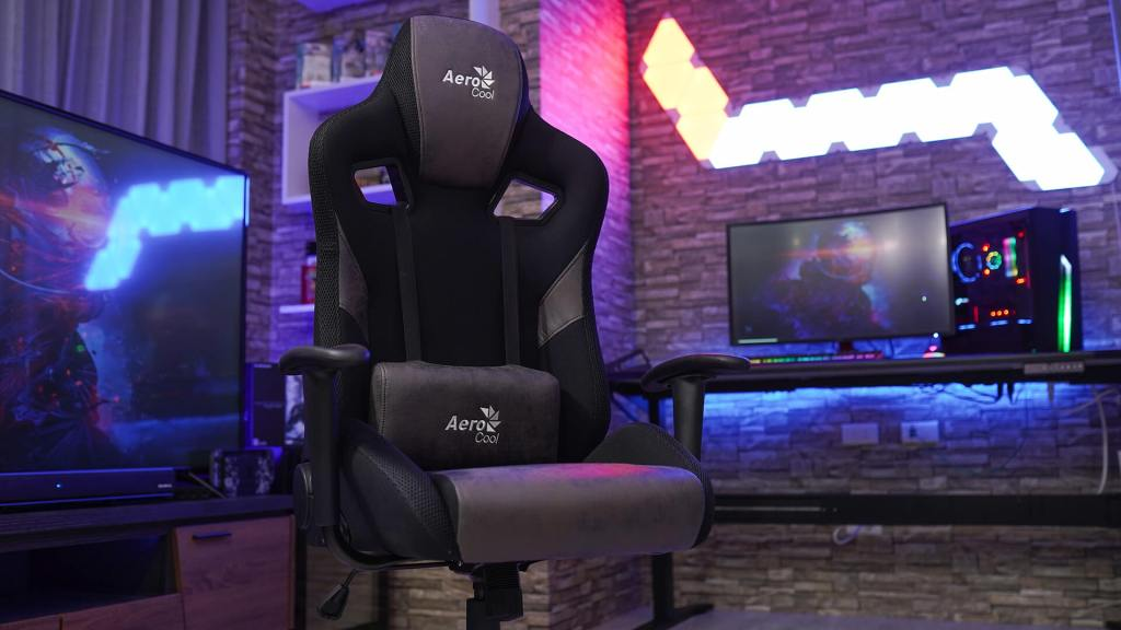 AeroCool COUNT Noir gaming chair face 6