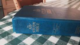 Worn used NIV Study Bible