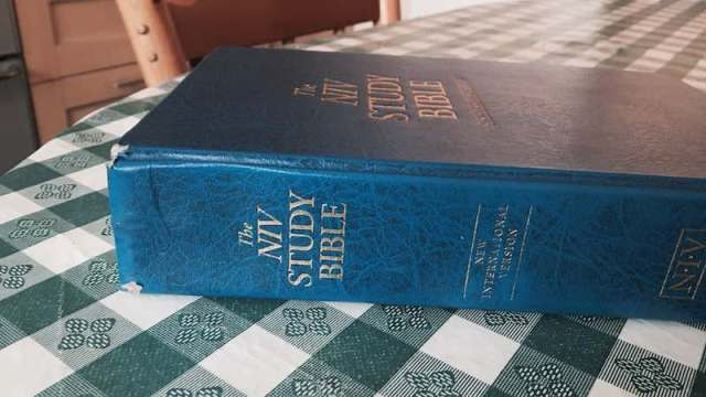 Worn used NIV Study Bible