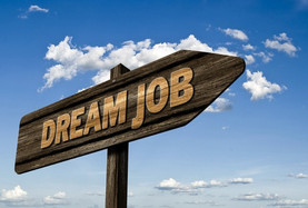 Dream job sign post via pixabay