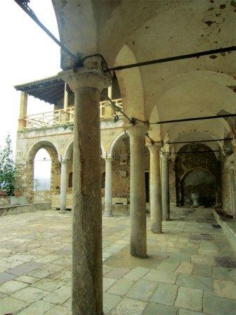 St-Demetrios