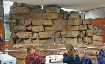 Rome_Servian-Wall-McDonalds